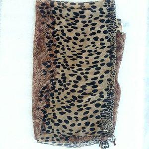 D&Y David & Young Leopard Blanket Scarf Wrap